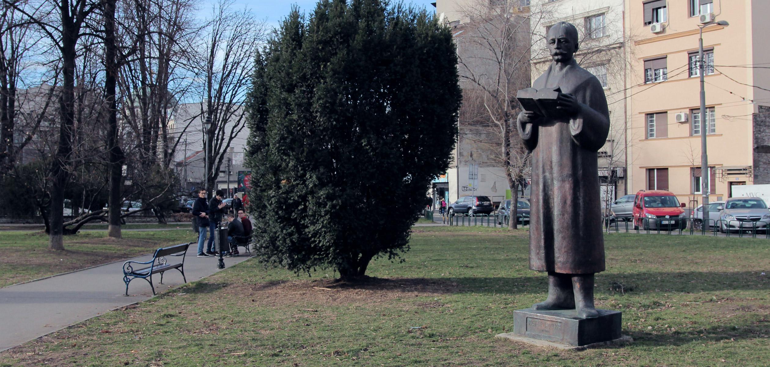 spomenik-petar-kocic.jpg