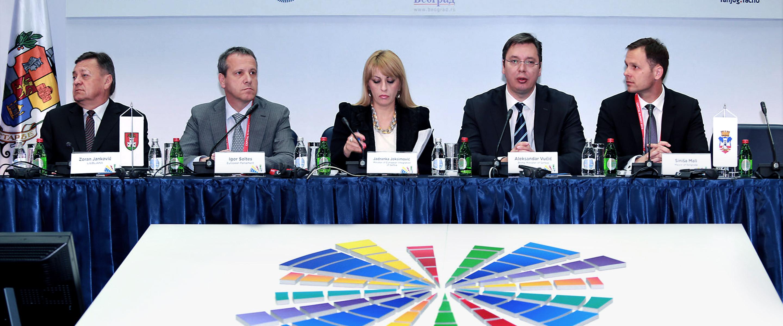 Predsednik republike Srbije Aleksandar Vučić i gradonačelnik Siniša Mali na Samitu sa evropskim zvaničnicima